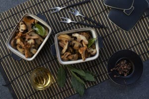 champignons marinés